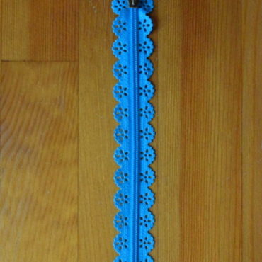 Zip spirálový krajkový tyrkysový