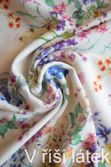 100% Tencel tkanina bílá – dig. potisk květy